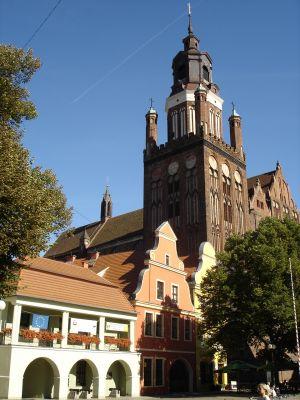 Kolegiata i rynek w Stargardzie Szczecińskim