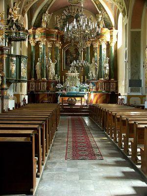 Wnętrze kościóła parafialnego pw. św. Jana Chrzciciela w Olsztynie
