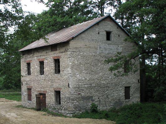Kamienny młyn w Horyńcu