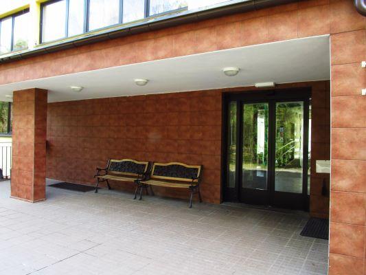 Główne wejście do Centrum
