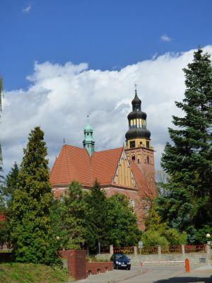 Wodzisław Śląski, Kościól pw. Wniebowzięcia Najświętszej Maryi Panny, widok od dawnego klasztoru