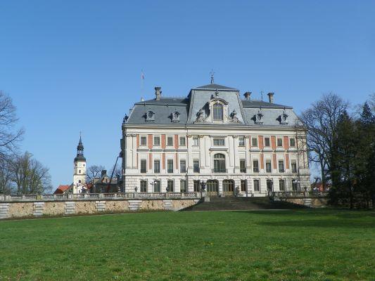 Pszczyna, Dawny pałac von Hochbergów, elewacja boczna