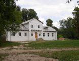 Dwór w Gorzkowie