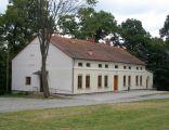 Dwór ob.dom ludowy w Ustrobnej A-134 z 06.02.1989