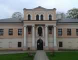 Palace in Zloczew front