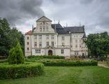 Pałac w Brenniku