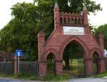 Jarocin - cmentarz ewangelicki brama glowna