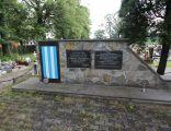 Pomnik i mogiła zbiorowa na cmentarzu św. Krzyża