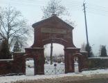 Brama cmentarz -2