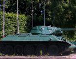 Tank at Zwyciestwa Avenue in Gdansk - 2