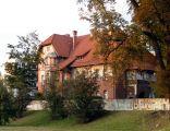 OPOLE dom 1902r ul Odrowążów 2 -widok od Odry. sienio