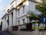 OPOLE dom-willa XIXw ul Sempołowskiej 2-widok z ulicy. sienio