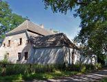 Dwór z końca XVIII w. przy ulicy Złotej 1
