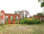 Zespół dworski(ruina dworu) Kościelna Wieś2 N. Chylińska