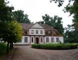 Park dworski w Mikoszkach - dwór Koczorowskich 01