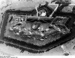Bundesarchiv Bild 183-S53297, Warschau, Luftaufnahme eines Außenforts