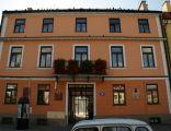 """Kamienica, ob. """"Dom Darmstad"""", mur., 1 poł. XIX Płock, Stary Rynek 8"""