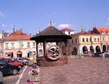 Jaroslaw rynek studnia 2