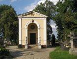 Karczew - kaplica cmentarna Bielinskich (1)