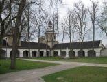 Dziedziniec klasztorny w św. Annie