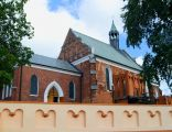 5 kościół p.w. Wniebowzięcia NMP XV, pocz. XX miasto Izbica Kujawska gm. Izbica Kujawska HWsnajper 03