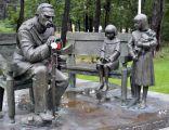 PomnikPilsudskiSulejowek2010