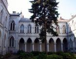Krużganki klasztorne - klasztor mariawitów w Płocku