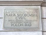 2007-08-06 Tablica informacyjna na Muzeum Marii Skłodowskiej-Curie, ul. Freta 16 w Warszawie 2