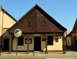 Steszew, Rynek 8, dom szach., XVIII-XIX, nr. rej. 1185A z dn. 24.07.1970