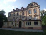 Niekarzyn Palace