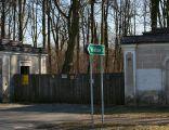 Kruszyna mury przy pałacu 27.03.2011 p