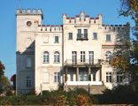 Pałac w Sadach Dolnych (10.2010)