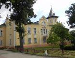 Pałac Lipowiec od strony ul. Lipowej.