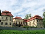 Grodziec pałac1