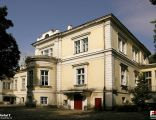 Michałów Górny, Pałac, Szkoła Podstawowa - fotopolska.eu (242025)