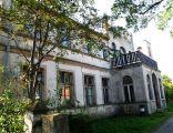 Pałac w Sulicicach - zespół pałacowo - parkowy