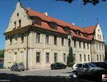 Wołów, Komenda Powiatowa PolicjiPałac hr. Braschmann - fotopolska.eu (216517)