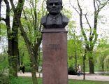 Kielce zeromski statue