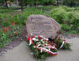 Kamień upamiętniający manifestację PPS-u z 13 listopada 1904 r., na Placu Grzybowskim w Warszawie