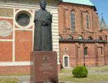 Pomnik kardynała Stefana Wyszyńskiego