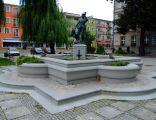 Pomnik myśliwca na rynku w Strzelcach Opolskich