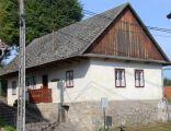 Drewniany budynek dawnej szkoły, obecnie Izba Regionalna, 2 poł. XIX w.