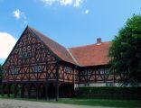 Podcieniowy dom we wsi Trutnowy 2010