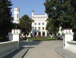 Starawieś koło Węgrowa w gminie Liw, pałac Radziwłłów XVI-XVII w