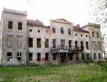 Pałac w Warnicach