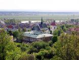 Pińczów, widok z Góry Św.Anny - centrum, kościół farny pw. św. Jana Ewangelisty i zabudowania dawnego klasztoru paulinów