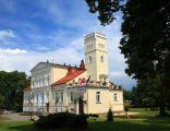 Pałac z połowy XIX wieku w Rekowie Górnym