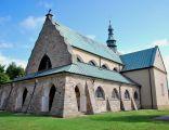 Kościół parafii Św. Stanisława Biskupa i Męczennika w Chlewiskach