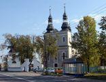 Kościół w Kłomnicach (widok od strony zachodniej).
