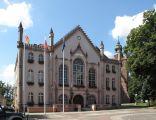 Neogotycki ratusz (XIX) w Ośnie Lubuskim